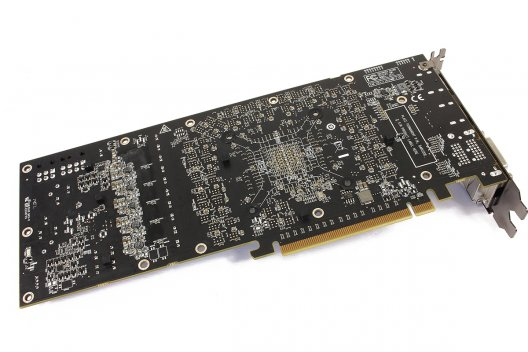 Club 3D R9 290X Royal Ace Grafikkarte im Test (8/12)