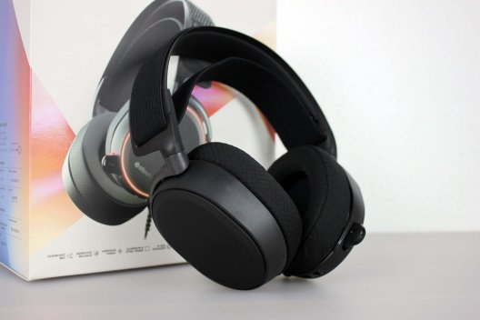 Steelseries Arctis Pro Gaming-Headset (7/30)